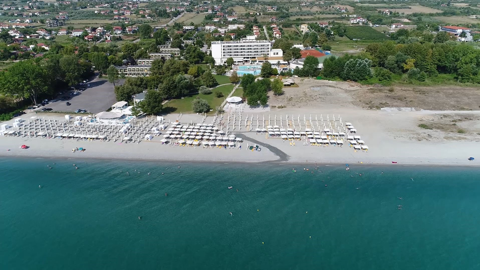 4* Bomo Olympus Grand Resort - Λεπτοκαρυά Πιερίας ✦ -40% ✦ 3 Ημέρες (2 Διανυκτερεύσεις) ✦ 2 άτομα + 1 παιδί έως 12 ετών ✦ All Inclusive ✦ 23/06/2021 έως 20/07/2021 ✦ Ξαπλώστρες και ομπρέλες στην πισίνα και στην παραλία