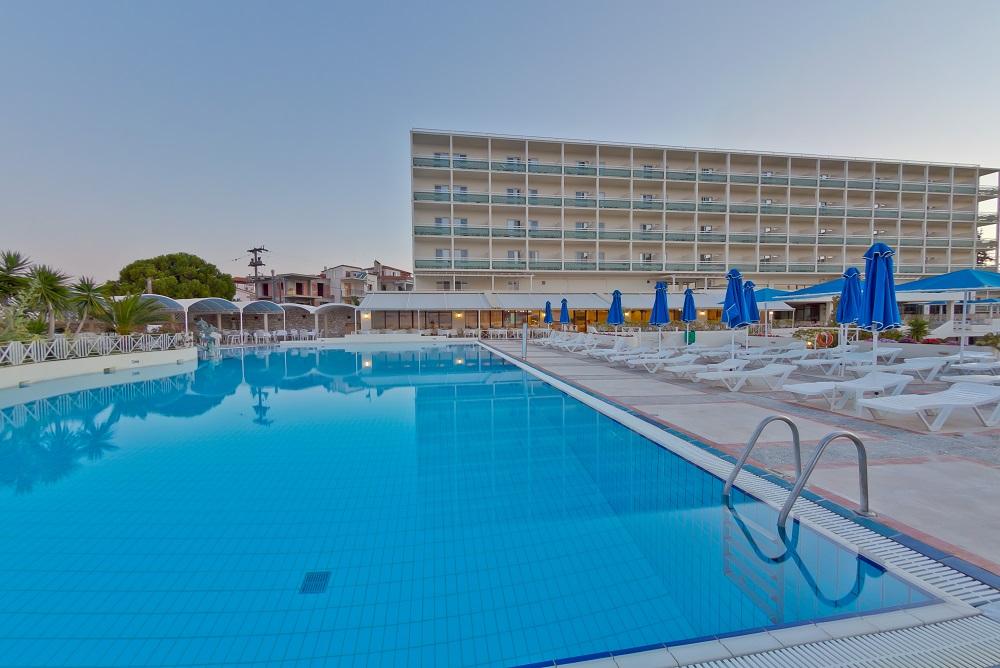 4* Bomo Palmariva Beach - Ερέτρια Εύβοιας ✦ -35% ✦ 3 Ημέρες (2 Διανυκτερεύσεις) ✦ 2 άτομα + 1 παιδί έως 12 ετών ✦ All Inclusive ✦ 01/07/2020 έως 25/07/2020 ✦ Μπροστά στην Παραλία!