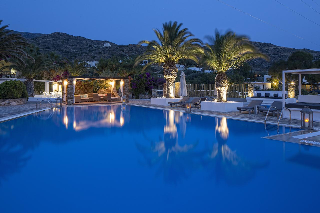 4* Dionysos Sea Side Resort - Ίος ✦ 2 Ημέρες (1 Διανυκτέρευση) ✦ 2 άτομα ✦ Πρωινό ✦ 07/05/2021 έως 31/05/2021 ✦ Κοντά σε παραλία!