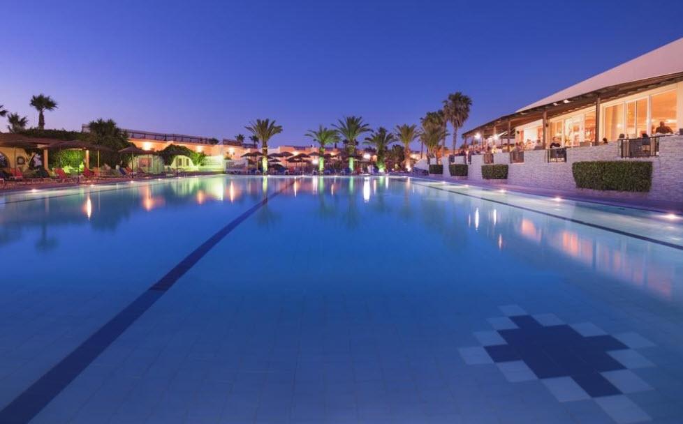 4* Eurovillage Achilleas Hotel - Κως, Μαστιχάρη   -39%   4 Ημέρες (3 Διανυκτερεύσεις)   2 Άτομα ΚΑΙ ένα Παιδί έως 5 ετών   All Inclusive   01/06 έως 15/06 και 21/09 έως 05/10   Μπροστά στην Παραλία!