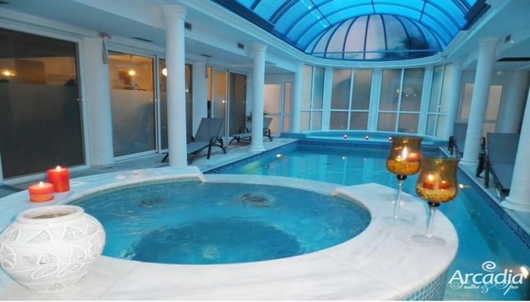 Προσφορά Ekdromi - 89€ από 180€ ( Έκπτωση 51%) ΚΑΙ για τις 3 ημέρες / 2 διανυκτερεύσεις ΚΑΙ για τα 2 Άτομα στον Γαλατά Πόρου, σε Σουίτα με Πρωινό, στο Arcadia Suites & S...