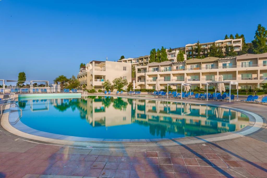 4* Kipriotis Aqualand Hotel- Κως, Ψαλιδι ✦ 4 Ημερες (3 Διανυκτερευσεις) ✦ 2 Άτομα ΚΑΙ ενα Παιδι εως 14 ετων ✦ All Inclusive ✦ 13/06 εως 11/07 και 30/08 εως 26/09 ✦ Μπροστα στην παραλια!