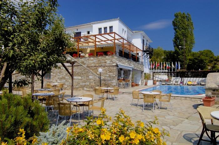 4* Portaria Hotel - Πορταριά Πηλίου   4 Ημέρες (3 Διανυκτερεύσεις)   2 Άτομα KAI ένα Παιδί έως 6 ετών   Ημιδιατροφή   Πάσχα (26/04/2019 έως 29/04/2019)   Xρήση του SPA για 45 λεπτά Yδροθεραπεία!