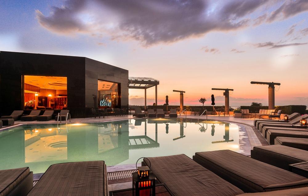 4* Royal Hotel - Θεσσαλονίκη ✦ -20% ✦ 4 Ημέρες (3 Διανυκτερεύσεις) ✦ 2 Άτομα ΚΑΙ ένα Παιδί έως 10 ετών ✦ Πρωινό ✦ Χριστούγεννα (22/12/2017 έως 27/12/2017) ✦ Free Wifi!