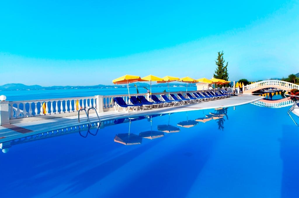 4* Sunshine Corfu Hotel & Spa - Κέρκυρα ✦ -30% ✦ 6 Ημέρες (5 Διανυκτερεύσεις) ✦ 2 Άτομα ΚΑΙ ένα Παιδί έως 12 ετών ✦ All Inclusive ✦ έως 30/06/2018 και 01/09 έως 15/10 ✦ Ιδιωτική Παραλία!