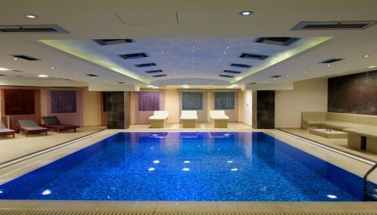 Χριστούγεννα, Πρωτοχρονιά και Φώτα στο 4 αστέρων Mouzaki Palace Hotel & Spa, στην Καρδίτσα! Απολαύστε 4 ημέρες / 3 διανυκτερεύσεις KAI για τα 2 Άτομα ΚΑΙ ένα Παιδί έως 6 ετών, με Ημιδιατροφή (Πρωινό σε Μπουφέ και Bραδινό) σε δίκλινο δωμάτιο, με 395€ από 790€ ( Έκπτωση 50%)! εικόνα