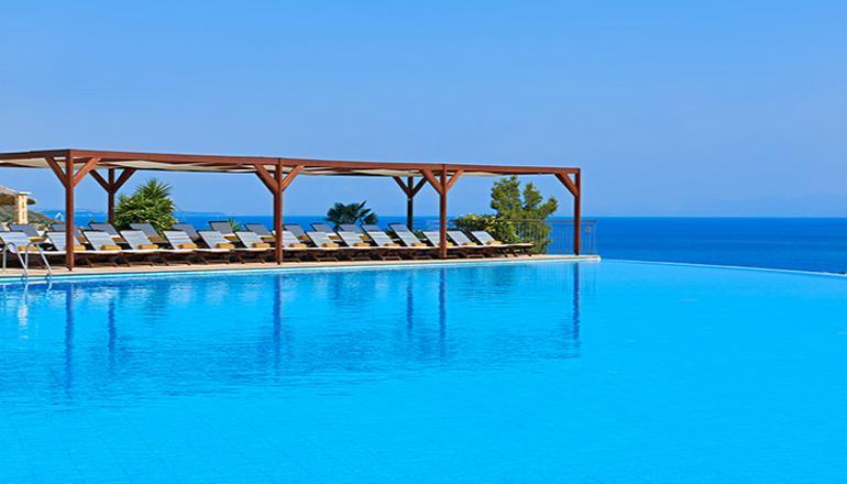 Αποδράστε στο Πευκοχώρι Χαλκιδικής στο 5 αστέρων Alia Palace Luxury Hotel & Villas για 4 ημέρες / 3 διανυκτερεύσεις για 2 Άτομα KAI ένα Παιδί έως 11 ετών, με Ημιδιατροφή (Πρωινό και Βραδινό) σε δίκλινο δωμάτιο! Υπάρχει δυνατότητα επιπλέον διανυκτερεύσεων! εικόνα