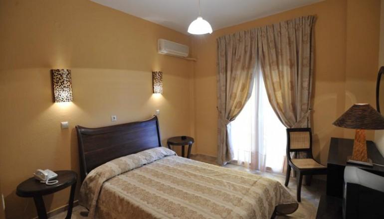 Hotel Kalloni - Αλυκές Βόλου - 73€ από 146€ ( Έκπτωση 50%) ΚΑΙ για τις 3 ημέρες / 2 διανυκτερεύσεις ΚΑΙ για τα 2 Άτομα ΚΑΙ ένα Παιδί έως 6 ετών στο Hotel Kalloni, σε δίκλινο δωμάτιο με Πρωινό, στις Αλυκές Βόλου! Παρέχεται Early check in στις 10:00 και Late check out στις 18:00! Υπάρχει δυνατότητα επιπλέον διανυκτέρευσης! Η προσφορά ισχύει ΚΑΙ για την Καθαρά Δευτέρα ΚΑΙ την 25η Μαρτίου!