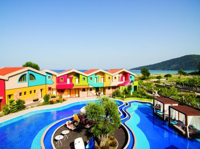 5* Alexandra Golden Thassos Boutique Hotel - Θάσος ✦ -30% ✦ 2 Ημέρες (1 Διανυκτέρευση) ✦ 2 άτομα ✦ Ημιδιατροφή ✦ 01/06/2021 έως 30/06/2021 ✦ Μπροστά στην παραλία!