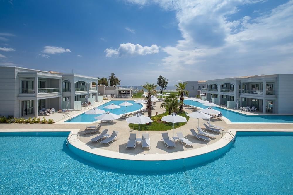 5* Blue Lagoon Princess - Καλύβες Πολυγύρου, Χαλκιδική ✦ -20% ✦ 2 Ημέρες (1 Διανυκτέρευση) ✦ 2 άτομα + 1 παιδί έως 13 ετών ✦ All Inclusive ✦ 01/09/2021 έως 30/09/2021 ✦ Μπροστά στην Παραλία!