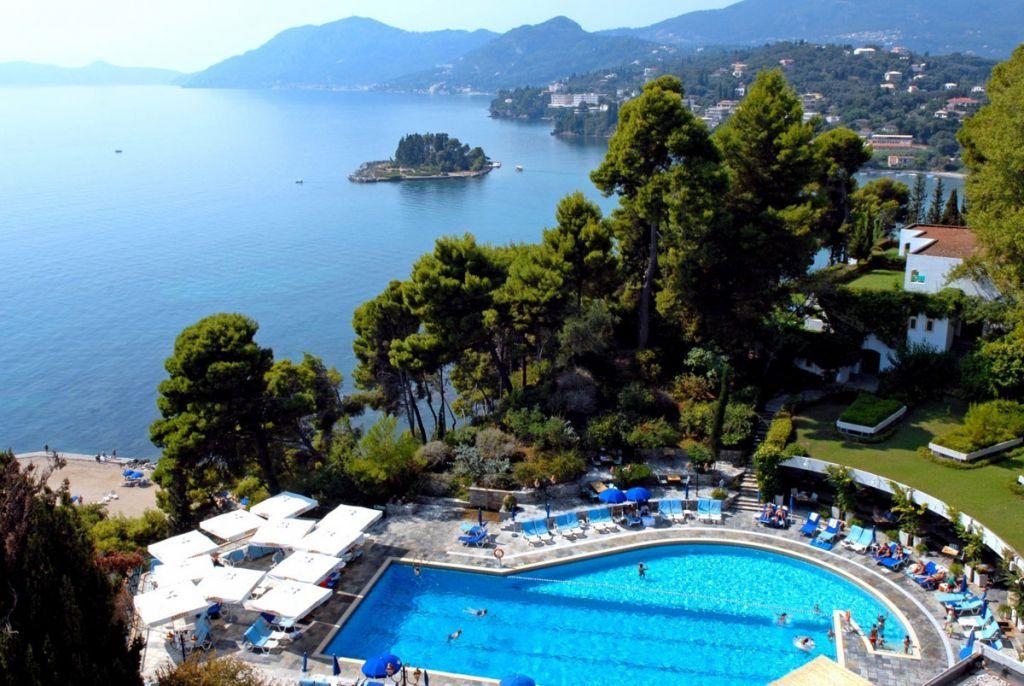 5* Corfu Holiday Palace - Κέρκυρα, Κανόνι ✦ -47% ✦ 3 Ημέρες (2 Διανυκτερεύσεις) ✦ 2 άτομα ✦ Ημιδιατροφή ✦ 01/09/2021 έως 30/09/2021 ✦ Υπέροχη Τοποθεσία!