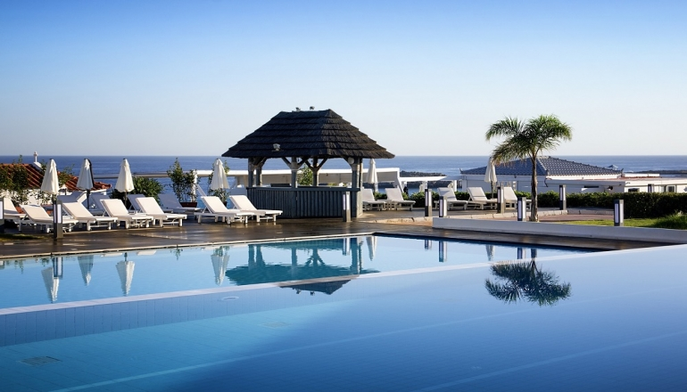 5* Mr & Mrs White Crete Resort & Spa - Ακρωτήρι, Χανιά ✦ 2 Ημέρες (1 Διανυκτέρευση) ✦ 2 άτομα + 1 παιδί έως 12 ετών ✦ All Inclusive ✦ 01/06/2021 έως 30/06/2021 ✦ Early check in και Late check out κατόπιν διαθεσιμότητας!