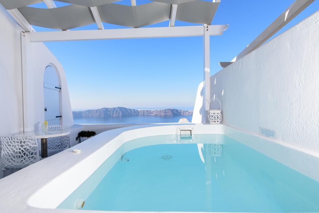 5* Dreaming View Suites - Σαντορίνη ? -37% ? 2 Ημέρες (1 Διανυκτέρευση) ? 2 άτομα ? Πρωινό ? έως 31/10/2019 ? Early check in και Late check out κατόπιν διαθεσιμότητας!
