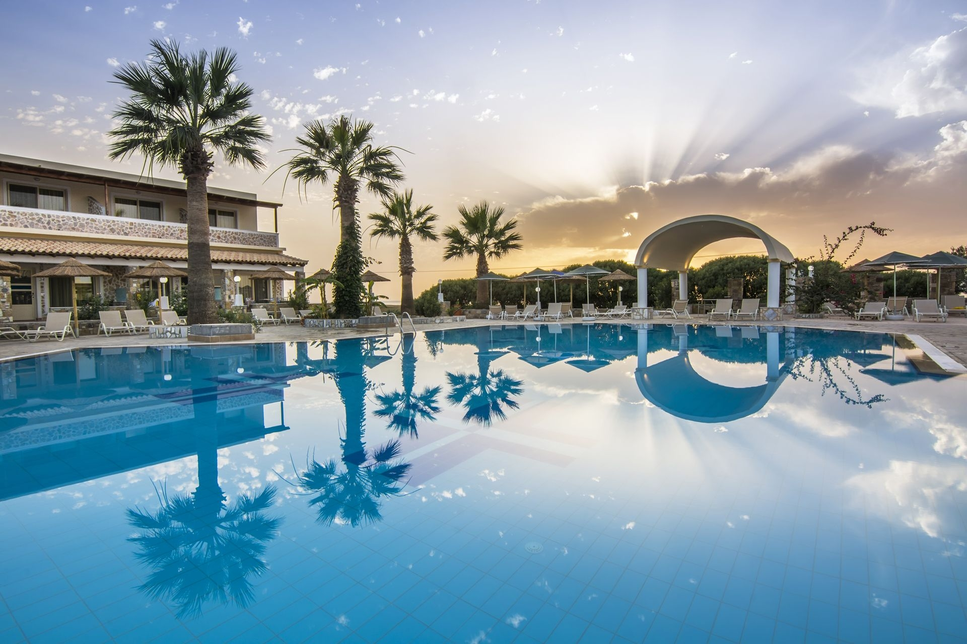 5* Kouros Palace Hotel - Κως, Μαστιχάρι ✦ -41% ✦ 4 Ημέρες (3 Διανυκτερεύσεις) ✦ 2 Άτομα ΚΑΙ ένα Παιδί έως 5 ετών ✦ All Inclusive ✦ 21/07/2019 έως 25/08/2019 ✦ Κοντά στην Παραλία!
