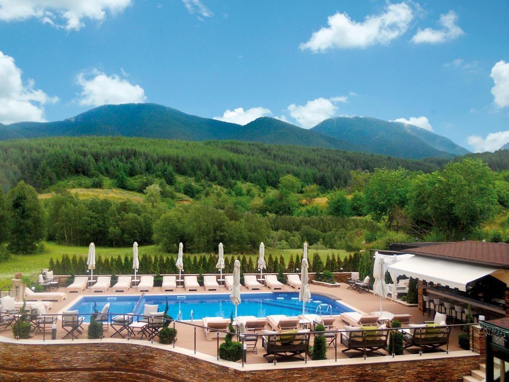 5* Premier Luxury Mountain Resort – Μπανσκο ✦ -50% ✦ 3 Ημερες (2 Διανυκτερευσεις) ✦ 2 Άτομα ΚΑΙ ενα Παιδι εως 6 ετων ✦ Ημιδιατροφη ✦ Έως 30/09/2018 ✦ Ελευθερη χρηση της Πισινας, της Σαουνα, του Χαμαμ, του Τζακουζι και του Γυμναστηριου στο Κεντρο Spa!