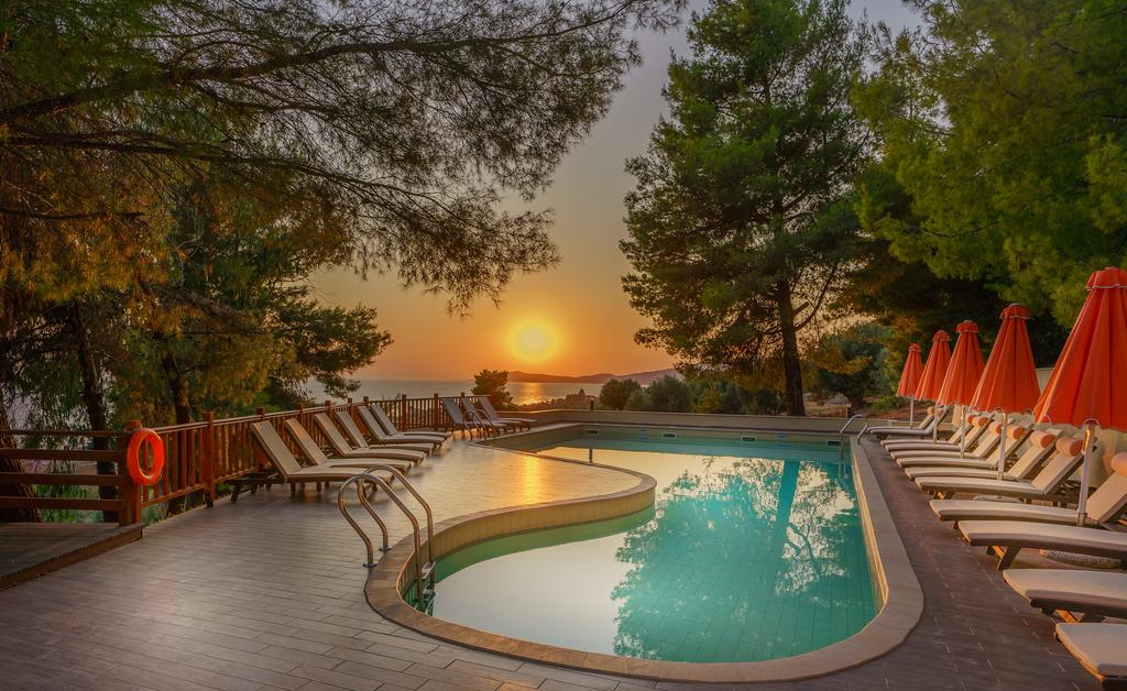 5* Rahoni Cronwell Park Hotel - Νέα Σκιώνη, Χαλκιδική ✦ 4 Ημέρες (3 Διανυκτερεύσεις) ✦ 2 άτομα ✦ Πρωινό ✦ 30/08/2020 έως 12/09/2020 ✦ Ιδιωτική Παραλία