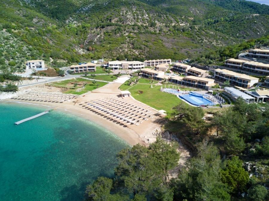 5* Thassos Grand Resort - Θάσος ? ? 6 Ημέρες (5 Διανυκτερεύσεις) ? 2 Άτομα KAI ένα Παιδί έως 12 ετών ? Ημιδιατροφή ? έως 25/07/2017 και 26/08 έως 08/09 ? Μπροστά στην παραλία!
