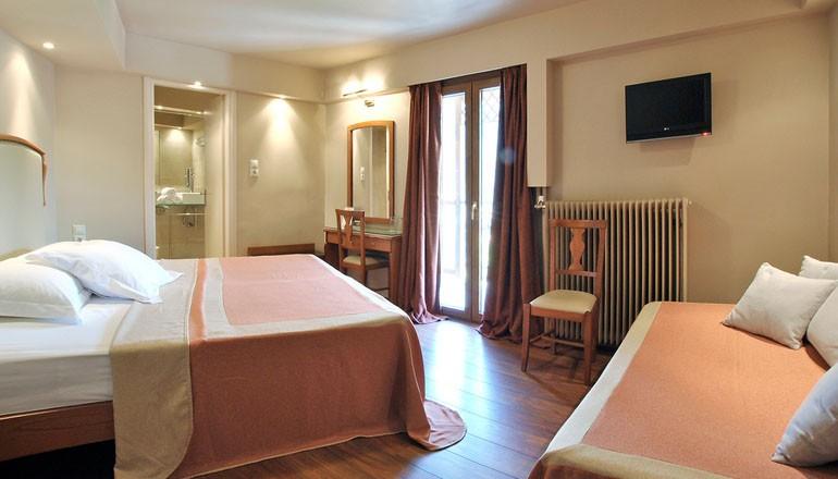 Kentrikon Hotel - Ορεινή Αρκαδία - 139€ από 278€ ( Έκπτωση 50%) KAI για τις 3 ημέρες / 2 διανυκτερεύσεις KAI για τα 2 Άτομα ΚΑΙ ένα Παιδί έως 6 ετών με Ημιδιατροφή (Πρωινό σε Μπούφε και Βραδινό a la carte) στα Λαγκάδια Αρκαδίας, στο Kentrikon Hotel του Ομίλου Maniatis Hotels & Resorts σε δίκλινο δωμάτιο! Παρέχεται ελεύθερη χρήση ποδηλάτων βουνού καθημερινά καθώς και Early check in στις 10:00 και Late check out στις 18:00 για να απολαύσετε 3 γεμάτες ημέρες! Υπάρχει δυνατότητα επιπλέον διανυκτέρευσης!