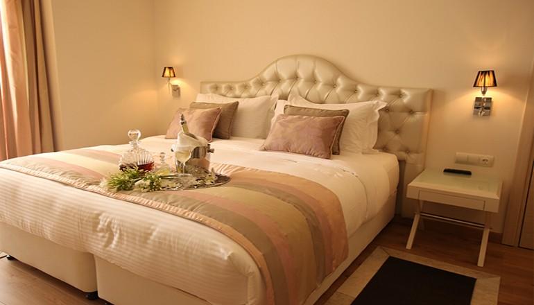 http://go.linkwi.se/z/177-0/CD1180/?lnkurl=http%3A%2F%2Fwww.ekdromi.gr%2Ffrontend%2Fdeals%2Fview%2F2506%2F4-Calma-Hotel-and-Spa-Kastoria