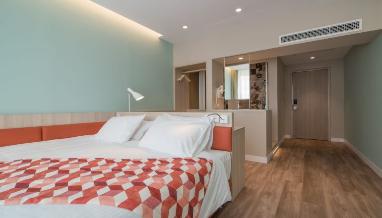 4* Kubic Athens Smart Hotel - Αθήνα