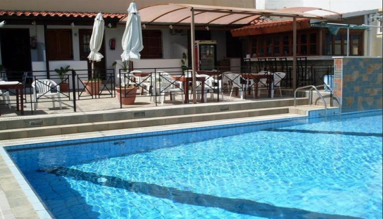 Litsa Efi Hotel - Σταλίδα Ηρακλείου   4 Ημέρες (3 Διανυκτερεύσεις)   2 άτομα   Χωρίς Πρωινό   έως 30/07/2019 και 21/08 έως 27/08   Υπέροχη Τοποθεσία!