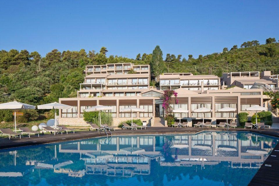 5* Kassandra Bay Resort, Suites & SPA - Σκιάθος ✦ 4 Ημέρες (3 Διανυκτερεύσεις) ✦ 2 άτομα ✦ Πρωινό ✦ 28/08/2020 έως 24/09/2020 ✦ Μπροστά στην Παραλία