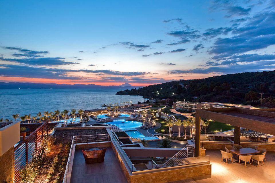 5* Miraggio Thermal Spa Resort – Χαλκιδικη ✦ 6 Ημερες (5 Διανυκτερευσεις) ✦ 2 Άτομα ΚΑΙ ενα Παιδι εως 2 ετων ✦ Πρωινο ✦ 01/08/2018 εως 31/08/2018 ✦ Μπροστα στην Παραλια!