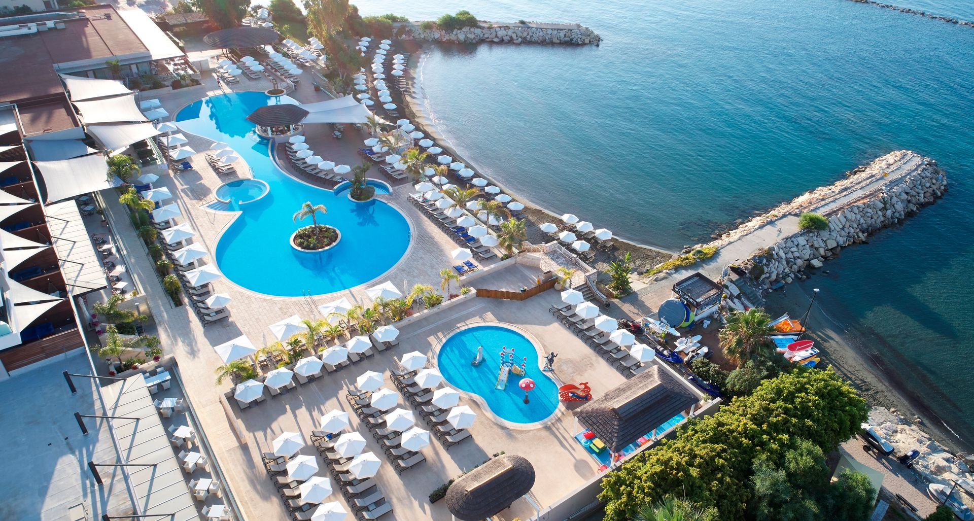5* The Royal Apollonia Limassol - Κύπρος ✦ 2 Ημέρες (1 Διανυκτέρευση) ✦ 2 άτομα ✦ Πρωινό ✦ 01/07/2021 έως 31/08/2021 ✦ Μπροστά στην παραλία!
