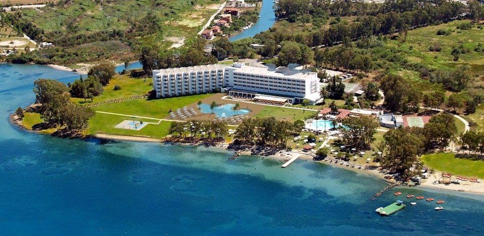 4* LOUIS Kerkyra Golf - Κέρκυρα ✦ 2 Ημέρες (1 Διανυκτέρευση) ✦ 2 άτομα + 1 παιδί έως 11 ετών ✦ All Inclusive ✦ 01/06/2021 έως 30/06/2021 ✦ Μπροστά στην Παραλία!
