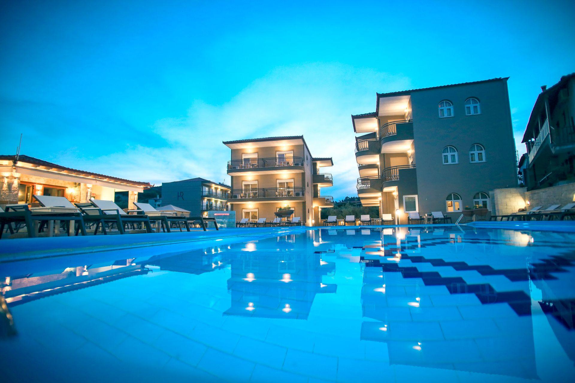 4* Royal Hotel Halkidiki - Χαλκιδική, Πολύχρονο   5 Ημέρες (4 Διανυκτερεύσεις)   2 άτομα   All Inclusive   έως 21/08/2019   Free WiFi