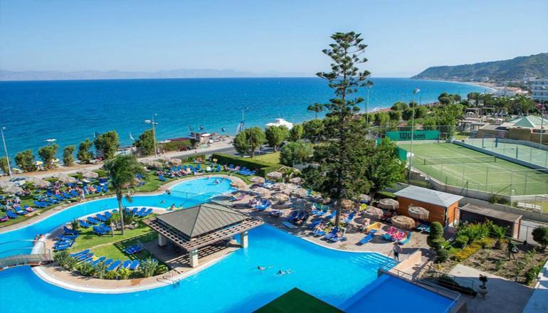 ALL INCLUSIVE στο 4 αστερων Oceanis Hotel ΚΑΙ για τις 4 ημερες / 3 διανυκτερευσεις KAI για τα 2 Άτομα ΚΑΙ ενα Παιδι εως 13 ετων, σε δικλινο δωματιο με Θεα Kηπο στη Ροδο, μονο με 306€ απο 383€ (Έκπτωση 20%)! Προσφερονται Πρωινο, Μεσημεριανο και Βραδινο σε Μπουφε, διαφορα ζεστα και κρυα Σνακ και Παγωτο! Απεριοριστη καταναλωση σε Τοπικα Αλκοολουχα και μη ποτα, οπως Κρασι, Μπυρα, Αναψυκτικα, Χυμους, Νερο, Καφεδες, Τσαι κατα την διαρκεια της…