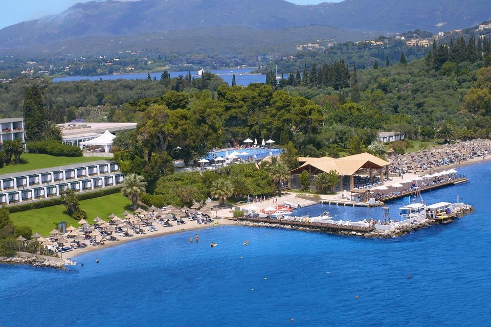 5* Kontokali Bay Resort & Spa - Κέρκυρα   4 Ημέρες (3 Διανυκτερεύσεις)   2 Άτομα   Ημιδιατροφή   01/08/2019 έως 31/08/2019   Καρέκλες / Ξαπλώστρες Παραλίας