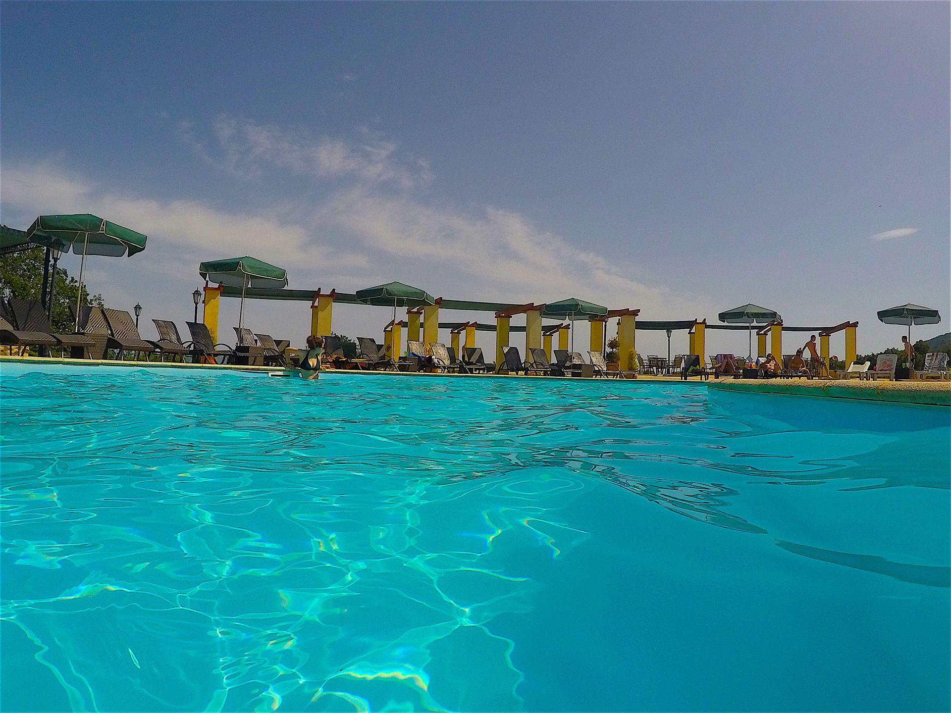 Loggas Hotel Kastoria - Καστοριά ? 2 Ημέρες (1 Διανυκτέρευση) ? 2 Άτομα ΚΑΙ ένα Παιδί έως 4 ετών ? Πρωινό ? έως 30/09/2018 ? Υπέροχη Τοποθεσία!