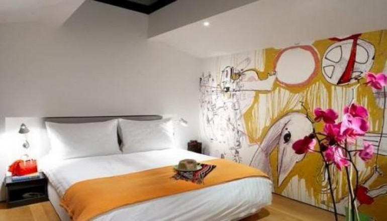 Twenty One Hotel - Αθήνα - 99€ από 198€ ( Έκπτωση 50%) ΚΑΙ για τις 2 ημέρες / 1 διανυκτέρευση ΚΑΙ για τα 2 Άτομα στην Κηφισιά, στο Twenty One Hotel του Ομίλου YES! HOTELS με Πρωινό σε Superior δίκλινο δωμάτιο! Προσφέρεται Ποτό καλωσορίσματος καθώς και Early check in στις 10:00 και Late check out στις 18:00 για να απολαύσετε 2 γεμάτες ημέρες! Υπάρχει δυνατότητα επιπλέον διανυκτερεύσεων! Η προσφορά ισχύει ΚΑΙ για την 25η Μαρτίου!