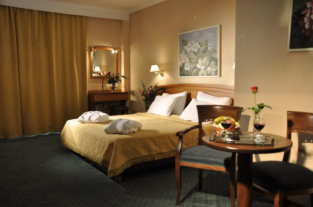 Βεργίνα Hotel - Θεσσαλονίκη ✦ -28% ✦ 2 Ημέρες (1 Διανυκτέρευση) ✦ 2 Άτομα ΚΑΙ έν hotels