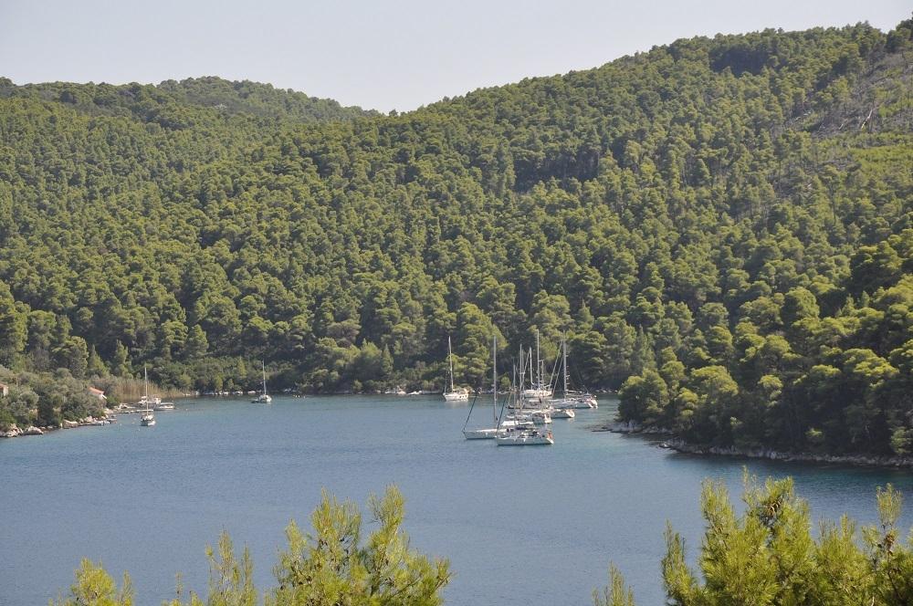 Οκταήμερη Κρουαζιέρα σε Πλατανιά - Σκιάθο με σκάφος Bavaria 34 ΚΑΙ για τα 4 Άτομα με την Aegean Yachting! Στην τιμή περιλαμβάνεται η αμοιβή του Καπετάνιου, τα Καύσιμα, Λιμενικά τέλη, Κλινοσκεπάσματα! Ένας παράδεισος με πολυάριθμα νησιά, αμέτρητους όρμους και κόλπους, προστατευμένα αγκυροβόλια και ειδυλλιακές παραλίες! εικόνα
