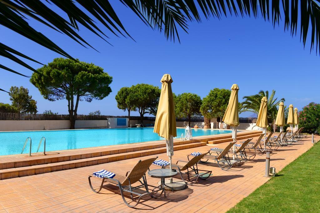 4* Airotel Achaia Beach Hotel - Πάτρα ✦ -39% ✦ 4 Ημέρες (3 Διανυκτερεύσεις) ✦ 2 άτομα + 1 παιδί έως 10 ετών ✦ All Inclusive ✦ 01/09/2021 έως 30/09/2021 ✦ Μπροστά στην Παραλία!