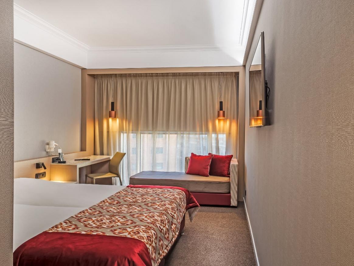 4* Airotel Stratos Vassilikos Hotel - Αθήνα   -53%   2 Ημέρες (1 Διανυκτέρευση)   2 Άτομα   Πρωινό   έως 30/09/2019   Κοντά στο Κέντρο της Πόλης!