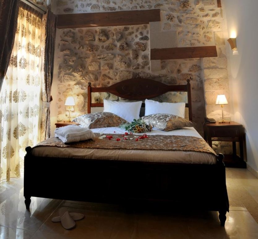 Antica Di Mora Suites – Ρεθυμνο ✦ 4 Ημερες (3 Διανυκτερευσεις) ✦ 2 Άτομα ✦ Πρωινο ✦ 10/07 εως 25/08 και 11/09 εως 27/09 ✦ Free WiFi!