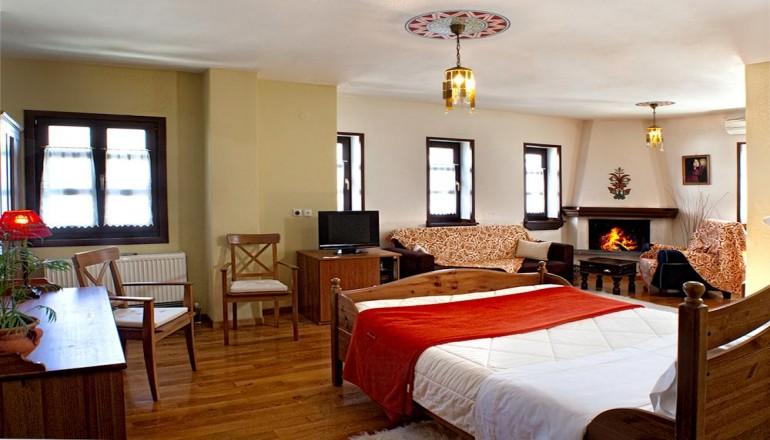 139€ απο 278€ ( Έκπτωση 50%) ΚΑΙ για τις 3 ημερες / 2 διανυκτερευσεις ΚΑΙ για τα 2 Άτομα ΚΑΙ ενα Παιδι εως 12 ετων στην Πορταρια Πηλιου, σε Junior Suite με Τζακι και Jacuzzi με Πλουσιο Πρωινο στο Erofili Four Seasons Hotel! Για οσους πραγματοποιησουν τη διαμονη τους απο Κυριακη εως Πεμπτη διδεται μια επιπλεον διανυκτερευση Δωρεαν με Πρωινο για να απολαυσετε 4 ημερες! Υπαρχει δυνατοτητα επιπλεον διανυκτερευσης! Διατιθεται ειδικη προσφορα…