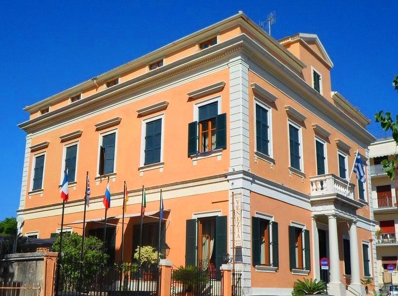 Bella Venezia Hotel - Κέρκυρα ✦ -11% ✦ 8 Ημέρες (7 Διανυκτερεύσεις) ✦ 2 άτομα ✦ Πρωινό ✦ 01/06/2021 έως 30/06/2021 ✦ Στην καρδιά της Κέρκυρας!