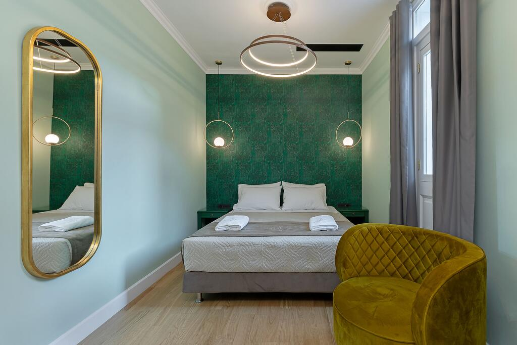 Belle Epoque Suites Athens - Αθήνα ✦ 2 Ημέρες (1 Διανυκτέρευση) ✦ 2 άτομα ✦ Χωρίς Πρωινό ✦ έως 09/05/2021 ✦ Free Wi Fi