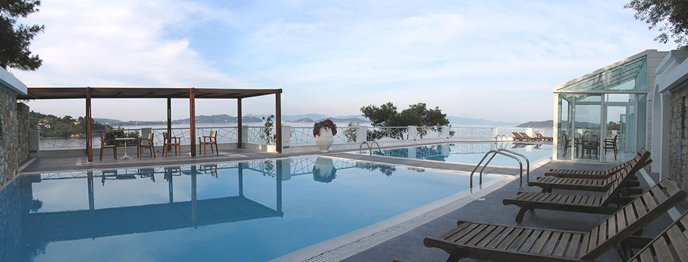 Cape Kanapitsa Hotel Suites - Σκιάθος ✦ 2 Ημέρες (1 Διανυκτέρευση) ✦ 2 άτομα + 1 παιδί έως 8 ετών ✦ Πρωινό ✦ 01/07/2021 έως 31/07/2021 ✦ Κοντά σε Παραλία!