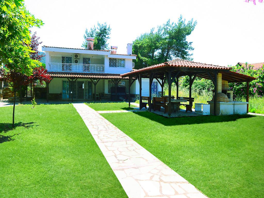 Villa Lefko - Βουρβουρού, Χαλκιδική ✦ -15% ✦ 3 Ημέρες (2 Διανυκτερεύσεις) ✦ 14 άτομα ✦ Χωρίς Πρωινό ✦ 01/06 έως 31/07 και 01/09 έως 31/10 ✦ Free WiFi