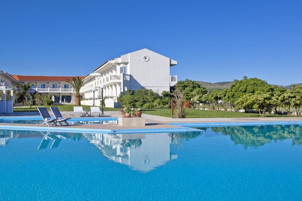 Chryssana Beach Hotel – Κολυμπαρι, Χανια ✦ -23% ✦ 2 Ημερες (1 Διανυκτερευση) ✦ 2 Άτομα ΚΑΙ ενα Παιδι εως 2 ετων ✦ Πρωινο ✦ εως 30/09/2018 ✦ Μπροστα στην Παραλια!