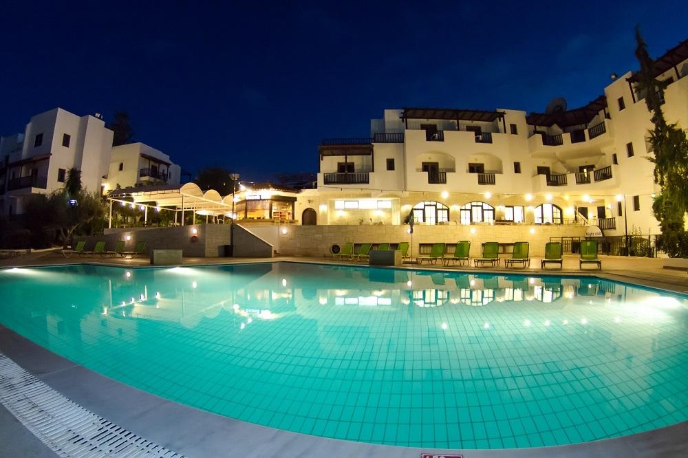 Club Lyda Hotel - Γούβες Ηρακλείου ? 5 Ημέρες (4 Διανυκτερεύσεις) ? 2 Άτομα ΚΑΙ ένα Παιδί έως 13 ετών ? All Inclusive ? έως 30/09/2017 ? Κοντά σε Παραλία!