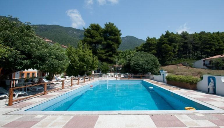 Elios Holidays Hotel - Σκόπελος ✦ -35% ✦ 4 Ημέρες (3 Διανυκτερεύσεις) ✦ 2 άτομα + 1 παιδί έως 12 ετών ✦ All Inclusive ✦ 28/08/2021 έως 07/09/2021 ✦ <strong>Επιπλέον 1 Διανυκτέρευση ΔΩΡΟ και κέρδος 15% σε go4more πόντους!</strong>