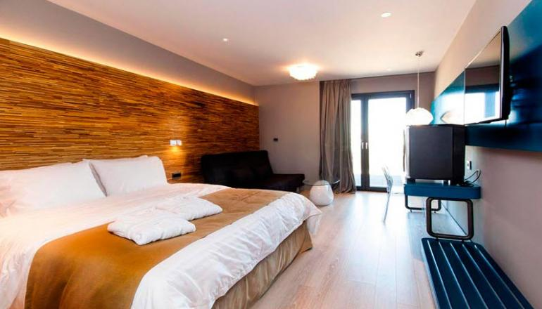 4* Essence Living Exclusive Hotel - Ιωάννινα ✦ 2 Ημέρες (1 Διανυκτέρευση) ✦ 2 άτομα ✦ Πρωινό ✦ έως 31/05/2021 ✦ Κορυφαία Τοποθεσία!