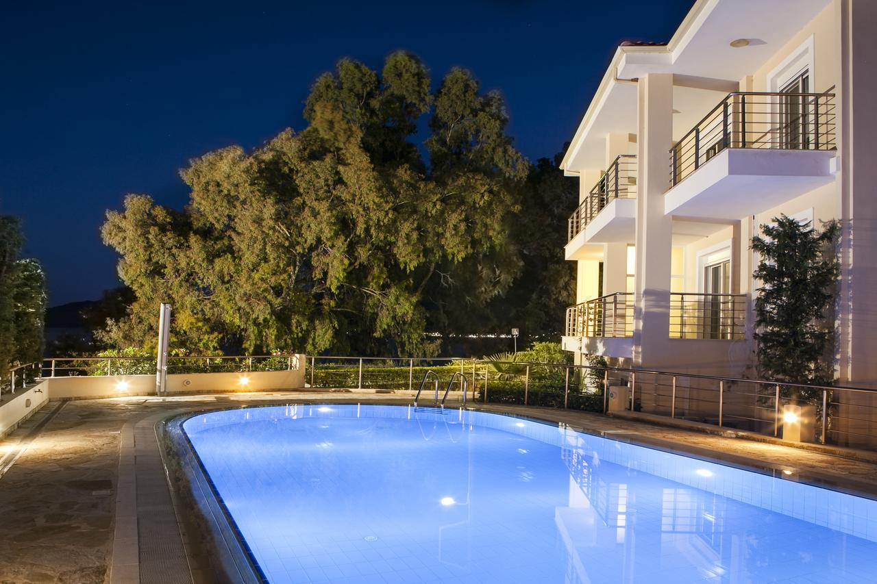 Eucalyptus Apartments - Κεφαλονιά ✦ 2 Ημέρες (1 Διανυκτέρευση) ✦ 2 άτομα + 2 παιδιά έως 16 ετών ✦ Χωρίς Πρωινό ✦ 01/09/2020 έως 30/09/2020 ✦ Μπροστά στην Παραλία!