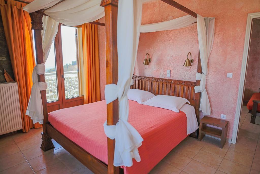 Faris Hotel - Λακωνία   3 Ημέρες (2 Διανυκτερεύσεις)   2 άτομα   Πρωινό   21/07/2019 έως 30/09/2019   Υπέροχη Τοποθεσία!